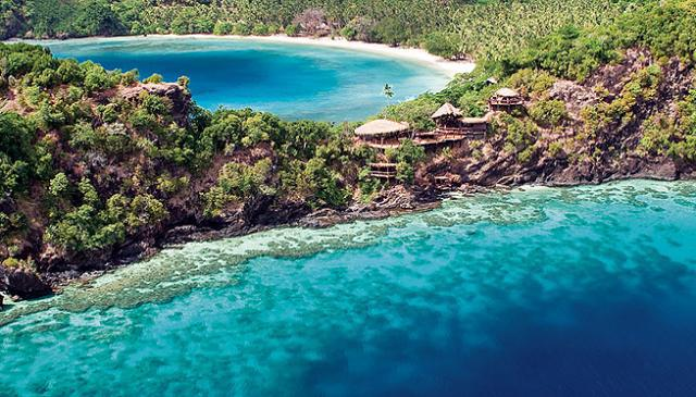 Luxury scuba diving on Laucala Island in Fiji