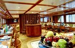 Dining room Liveaboard Snefro Love